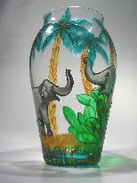 Portrait of 2 Elephants talking, Handpainted Crystal Vase